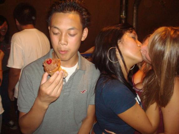 Moron Eats Cupcake While Girls Make Out