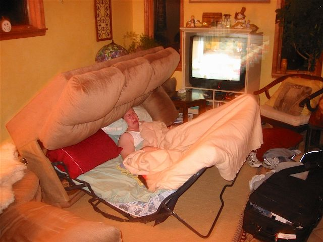 i hate pull out couches